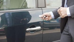 Des chercheurs affirment avoir mis au jour une faille de sécurité dans le système d'ouverture et de fermeture à distance d'environ 100 millions de véhicules dans le monde, rapportent les médias allemands, le 11 août 2016. (ODILON DIMIER / ALTOPRESS / AFP)