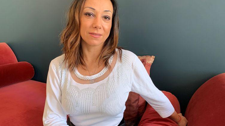 L'ancienne patineuse, Sarah Abitbol, photographiée à Paris, le 5 février 2020.  (MAXPPP)