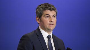Le maire UMP de Chalon-sur-Saône participe à une réunion du comité des maires de l'UMP, le 11 mars 2015, à Paris. (  MAXPPP)