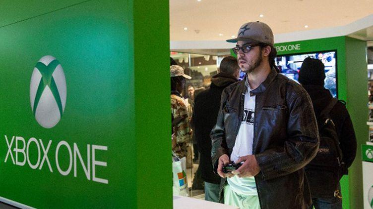 La Xbox One est sortie le 22 novembre 2013 (ANDREW BURTON / GETTY IMAGES NORTH AMERICA)