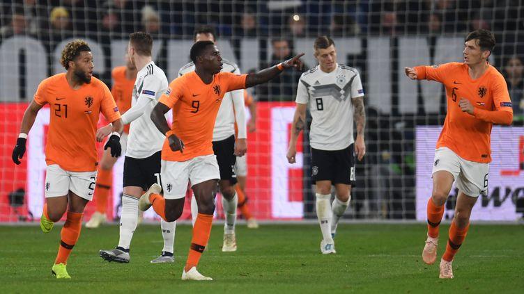 Les Pays-Bas ont arraché le nul en Allemagne (PATRIK STOLLARZ / AFP)