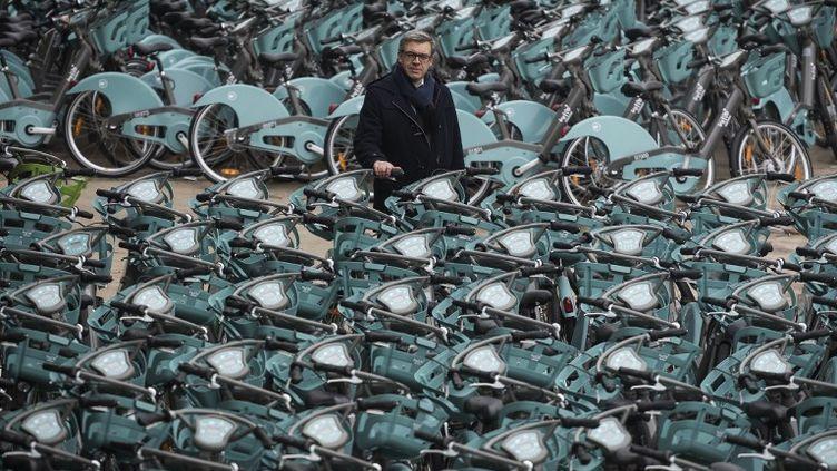 Jorge Azevedo, le patron de Smovengo, le 12 janvier 2018 à Alfortville (Val-de-Marne), près de Paris. (LIONEL BONAVENTURE / AFP)