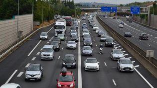 Un embouteillage, le 1er août 2015 à Lyon (Rhône). (CITIZENSIDE / SYLVAIN THIZY / AFP)