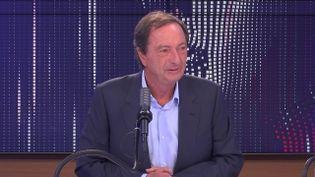 """Michel-Édouard Leclerc,président des centres E. Leclerc,était l'invité du """"8h30franceinfo"""", mardi 21septembre 2021. (FRANCEINFO / RADIOFRANCE)"""
