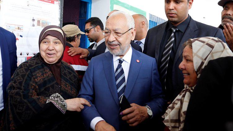 Rached Ghannouchi,président du parti d'inspiration islamiste Ennahdha, dans un bureau de vote à Tunis le 6 mai 2018. (REUTERS - ZOUBEIR SOUISSI / X02856)