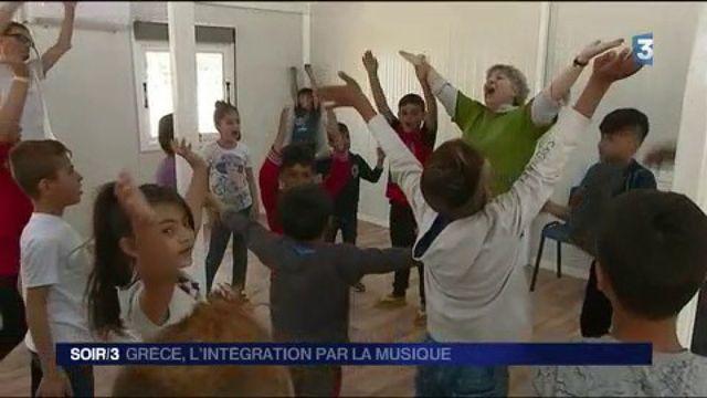 Grèce : l'intégration par la musique
