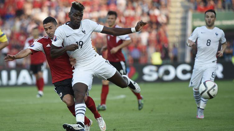 L'international français Paul Pogba lors du match amical entre la France et l'Albanie, le 13 juin 2015. (LOIC VENANCE / AFP)
