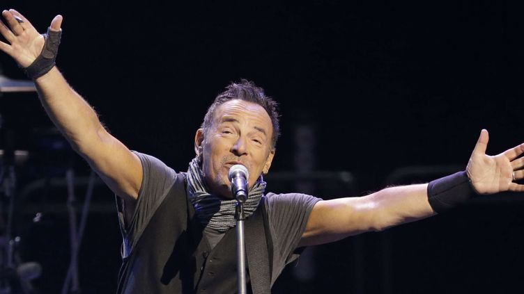 Bruce Springsteen le 23 février 2016 à Cleveland (USA).  (Tony Dejak/AP/SIPA)