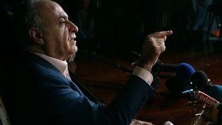 L'homme d'affaires Ziad Takieddine donne une conférence de presse, le 12 avril 2013, à Paris. (JACQUES DEMARTHON / AFP)