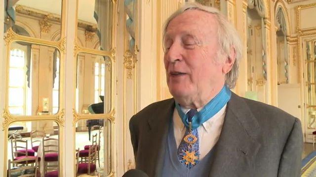 Claude Rich commandeur de l'ordre national du Mérite