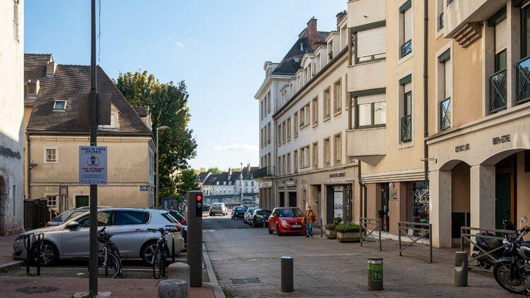 La ville de Chalon-sur-Saône (Saône-et-Loire), le 18 octobre 2020. (FLORIAN JANNOT-CAEILLETE / HANS LUCAS /AFP)