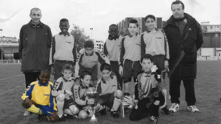 N'Golo Kanté, 11 ans, lors d'un tournoi à Issy-les-Moulineaux (92), avec son équipe de la JS Suresnes en 2002. (JS Suresnes)