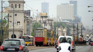 Une rue de Varsovie en Pologne, le 8 juin 2011. (FRANCK FIFE / AFP)