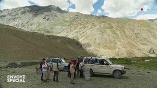 Envoyé spécial. Himalaya, des médecins au sommet (ENVOYÉ SPÉCIAL  / FRANCE 2)