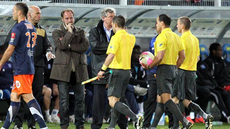 Les arbitres lors des incidents du match Auxerre-Montpellier