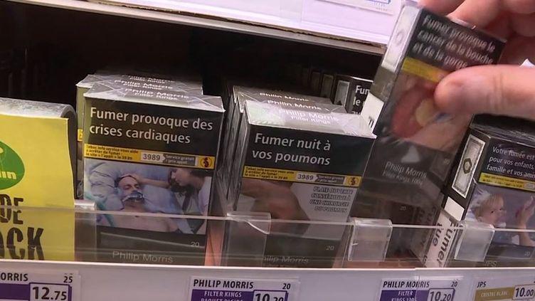 Face à la hausse du prix des cigarettes, les buralistes tentent de se renouveler en proposant plusieurs services. (CAPTURE ECRAN FRANCE 3)