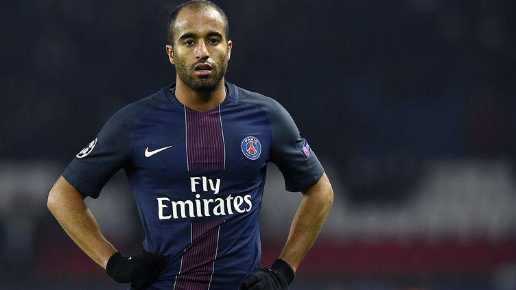 Lucas comme le PSG est dans l'attente de son futur adversaire (FRANCK FIFE / AFP)
