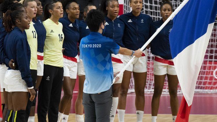 Les handballeuses françaises vont tenter de décrocher leur billet pour la finale olympique. (CURUTCHET VINCENT / KMSP)