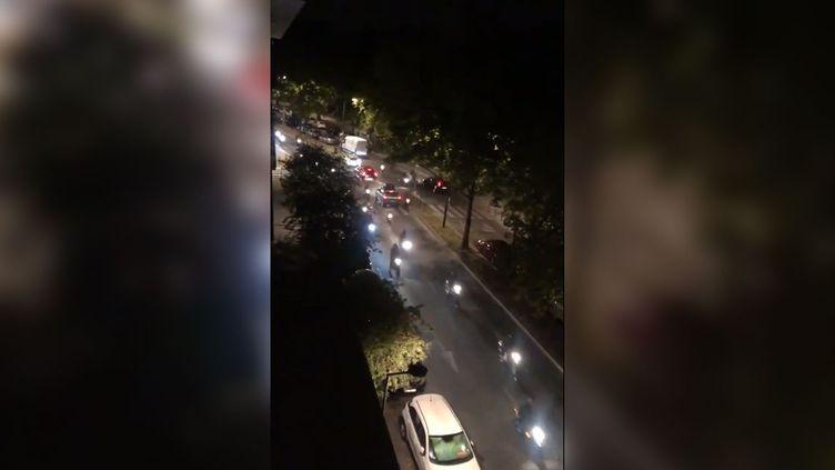 """Photo postée sur les réseaux sociaux montrant un """"run"""" de motards à Bordeaux, le 30 août 2019. (CAPTURE D'ECRAN TWITTER)"""