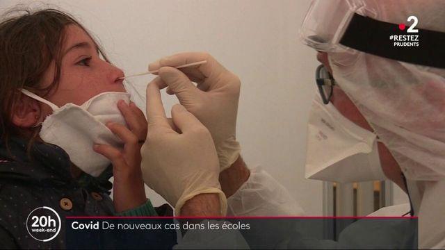 Écoles : quelles stratégies lorsque des cas de coronavirus sont découverts ?