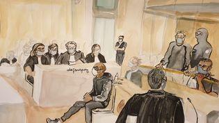 Christophe Raumel (au centre), le 7 octobre 2020, au procès des attentats de janvier 2015. (ELISABETH DE POURQUERY / FRANCEINFO)