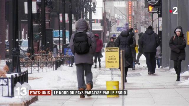 Etats-Unis : le nord du pays paralysé par le froid