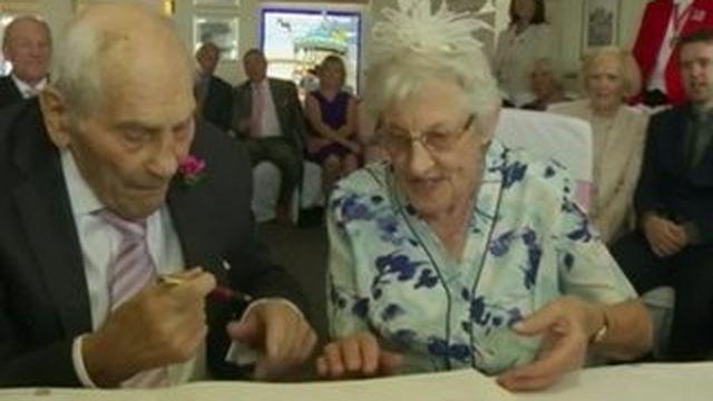 George et Doreen, les plus vieux mariés du monde