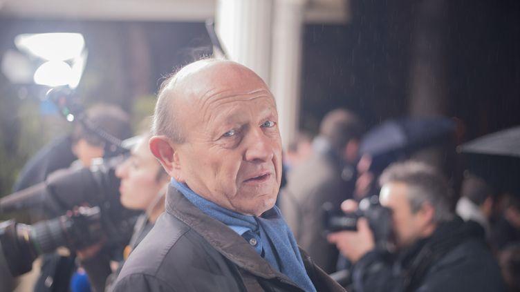 Le candidat à la primaire de gaucheJean Luc Bennahmias (qui n'était alors plus membre du MoDem) arrive pour le second débat télévisé, le 15 janvier 2017. (CITIZENSIDE/SAID ANAS /AFP)
