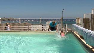 Vacances : le succès des cours de natation (France 3)