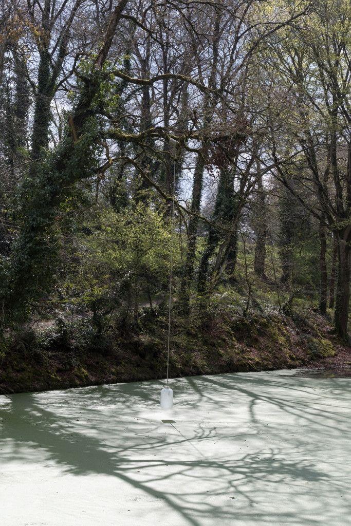 """""""Balis.e"""".Installation sur sept espaces du parc par Les Concasseurs (S.Cuisset)"""
