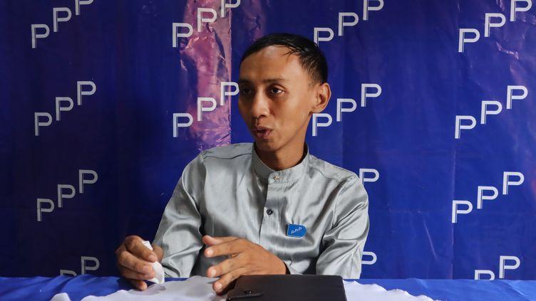 Myo Min Tun, candidat aux élections en Birmanie, le 12 septembre 2020, à Mandalay. (YE NAING YE / AFP)