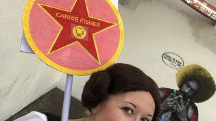 Kristin Grady, fan et clône de la princesse Leia alias Carrie Fischer, à Hollywood le 16 décembre 2019 (JAVIER TOVAR / AFP)