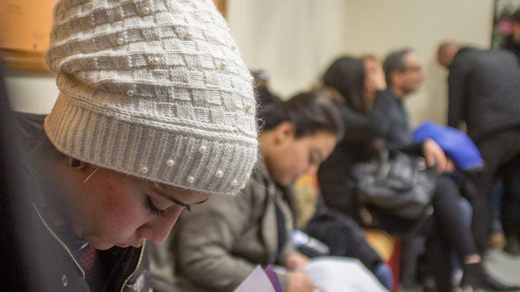 (Accueil spécifique de 20 étudiants refugies pour un cursus d'initiation au français à l'Université Paris Ouest Nanterre la Défense le 28 janvier 2016  © Maxppp)