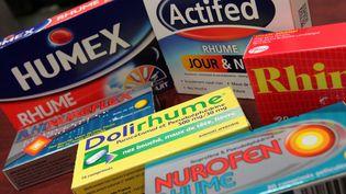 """Seule une minorité des médicaments en vente sans ordonnance, notamment pour lutter contre les maux de gorge, le rhume, ou la grippe, est efficace, selon """"60 Millions de consommateurs"""". (MAXPPP)"""