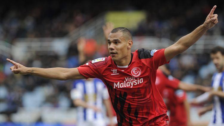 Plus rien n'arrête Thimothée Kolodziejczak au FC Séville ! (ANDER GILLENEA / AFP)