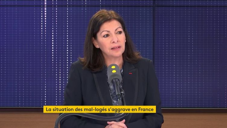 Anne Hidalgo, sur franceinfo, jeudi 30 janvier. (FRANCEINFO / RADIOFRANCE)