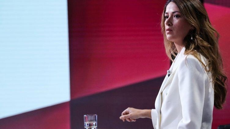 """Zineb El Rhazoui au début de l'émission """"Vous avez la parole"""", sur France 2, le 17 octobre 2019. (JACQUES DEMARTHON / AFP)"""