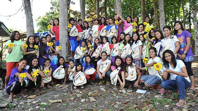 (En 18 ans, l'association est venue en aide à des centaines de jeunes filles aux Philippines © Nathanaël Charbonnier)