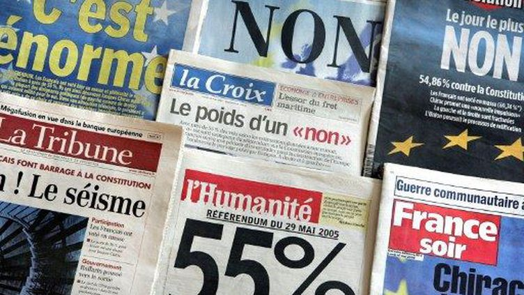 La une de la presse au lendemain du référendum du 29 mai 2005 (AFP)