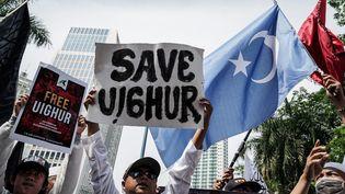 """Une manifestation demandant la """"libération des Ouïghours"""", à Jakarta en Indonésie, le 21 décembre 2019. (ANTON RAHARJO / ANADOLU AGENCY / AFP)"""