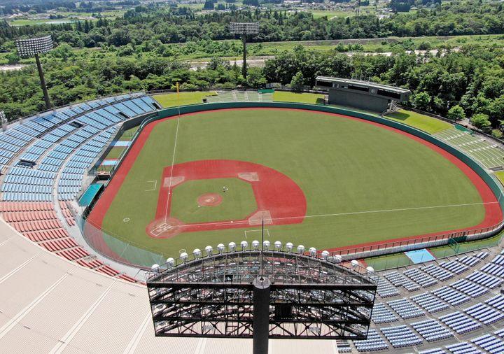Le stade de baseball Fukushima Azuma accueillera des épreuves de baseball et de softball lors des Jeux olympiques de Tokyo. (TAKEHIKO SUZUKI / YOMIURI / AFP)
