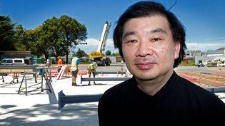 L'architecte japonais Shigeru Ban lauréat du prix Pritzker 2014, a Christchurch, en Nouvelle-Zélande, en 2012  (Marty Melville / AFP)
