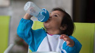 """Pour Lactalis, le retrait des laits infantiles est """"une mesure de précaution maximale"""" (photo d'illustration).  (LECA)"""
