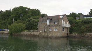 Une maison en pierre de plus de cent ans est menacée de démolition à Arradon (Morbihan), à partir de janvier 2022. (CAPTURE ECRAN FRANCE 3)