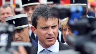 Manuel Valls, ministre de l'Intérieur, à Orgon (Bouches-du-Rhône), le 29 août 2012. (GERARD JULIEN / AFP)