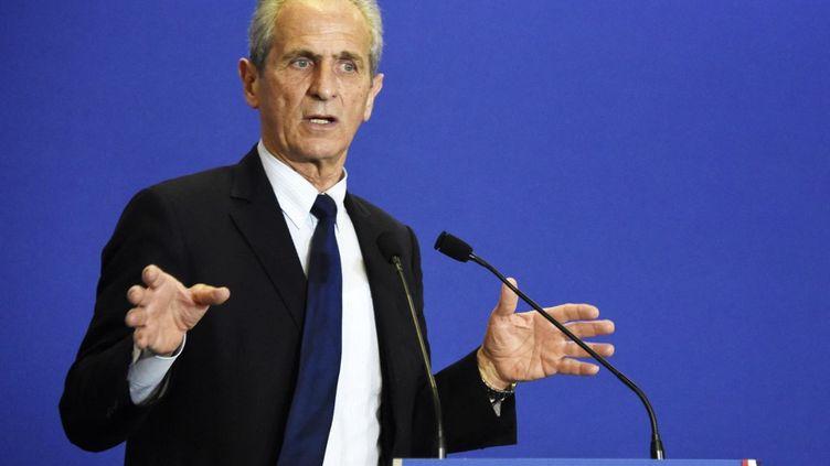 Le maire de Toulon Hubert Falco lors d'un meeting du parti UMP à Paris, le 11 mars 2015. (DOMINIQUE FAGET / AFP)