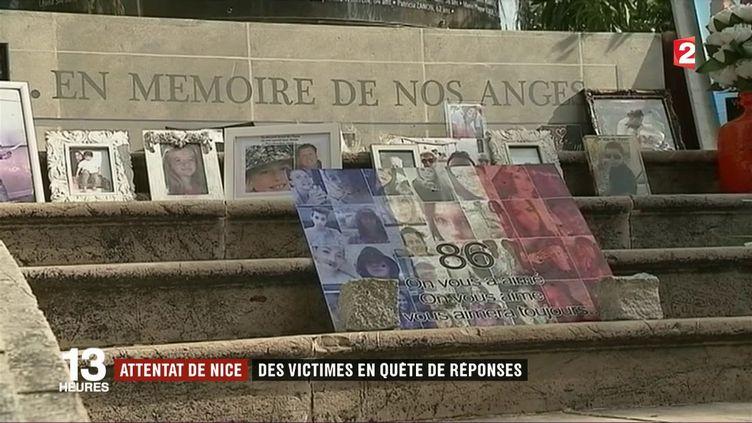 Les juges antiterroristes en charge de l'enquête sur l'attentat de Nice rencontrent pour la première fois cet après-midi les blessés ou les proches des personnes tuées le 14 juillet dernier, pour faire le point sur l'enquête. (FRANCE 2)