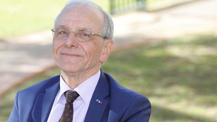 Le professeur Axel Kahn, le 19 février 2020 à Antibes. (PATRICE LAPOIRIE / MAXPPP)