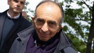 L'écrivain et polémiste Eric Zemmour, le 19 mai 2021 à Paris. (GEORGES GONON-GUILLERMAS / HANS LUCAS / AFP)