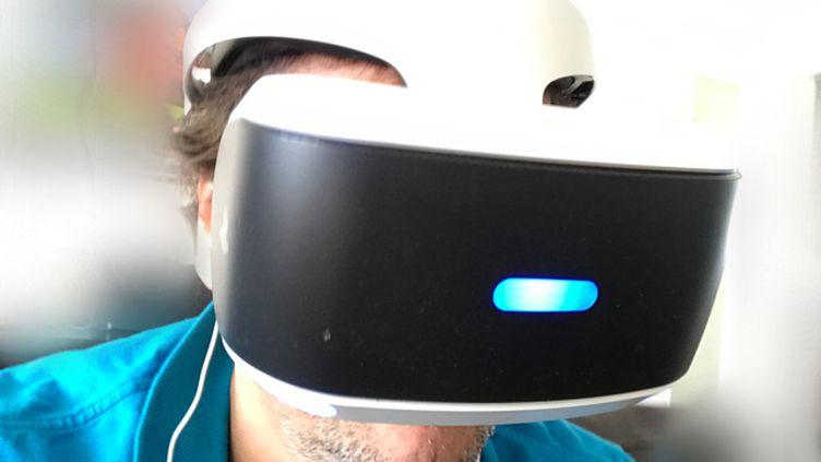 Le masque Playstation VR plonge le joueurdans un univers virtuel à 360 degrés (JC)
